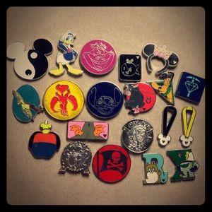 20 Disney Assorted Trader Pin Bundle